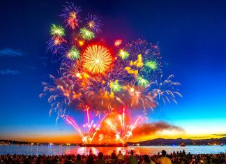 Japan on July 29 won 2017 Honda Celebration of Light. English Bay, Vancouver, British Columbia. Photo: © Koichi Saito