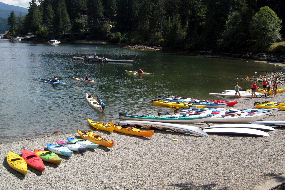 Kayaking at Deep Cove in North Vancouver, British Columbia; Photo by ©Pacific Walkres