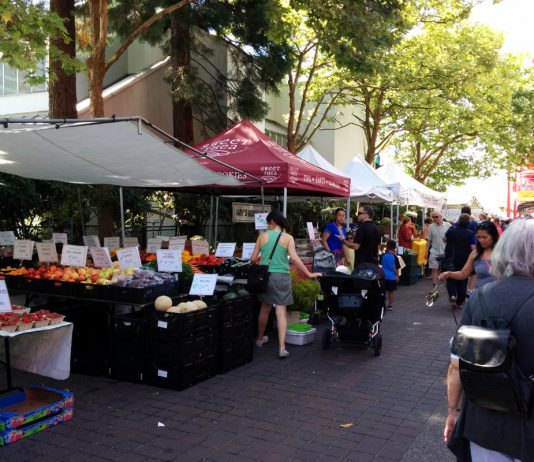 Lonsdale Quay Farmers Market, North Vancouver, BC; Photo by ©Pacific Walkers