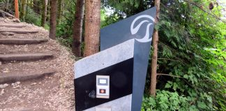 The start point at the Grouse Grind timer; Photo by ©Pacific Walkers