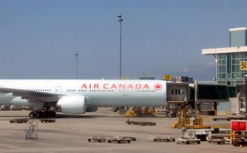 Air Canada at YVR; File photo by ©Pacific Walkers